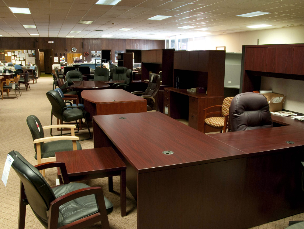 Discount Office Equipment: Office Furniture - Berkley & Oak Park - home-used