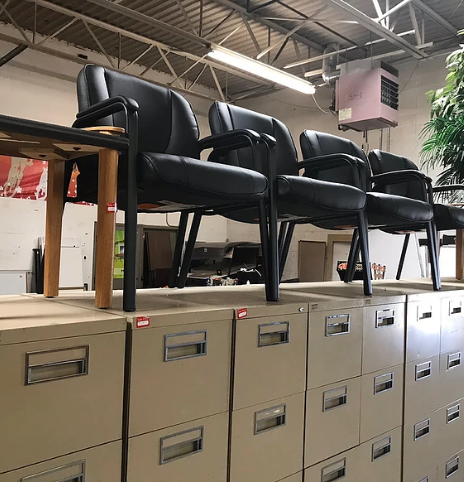 Sell Used Office Furniture: Metro Detroit | Discount Office Equipment - sell-furniture-content-image